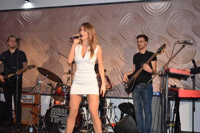 Lidija Bačić i klapa Intrade održali koncert za djecu oboljelu od autizma u Novoj Gradišci