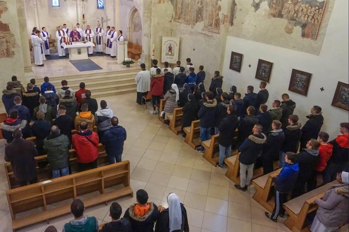 Započela ovogodišnja Katolička malonogometna liga Požeške biskupije