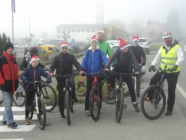 Prva Božićna biciklijada u Brestovcu