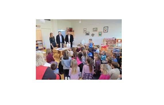 Nino Smolčić zajedno uz svoju tvrtku JANI darivao vrtićke mališane