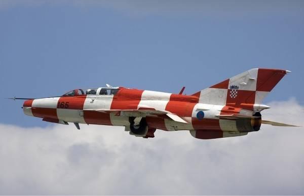 Tijekom redovitih letačkih aktivnosti HRZ-a može se očekivati probijanje zvučnog zida