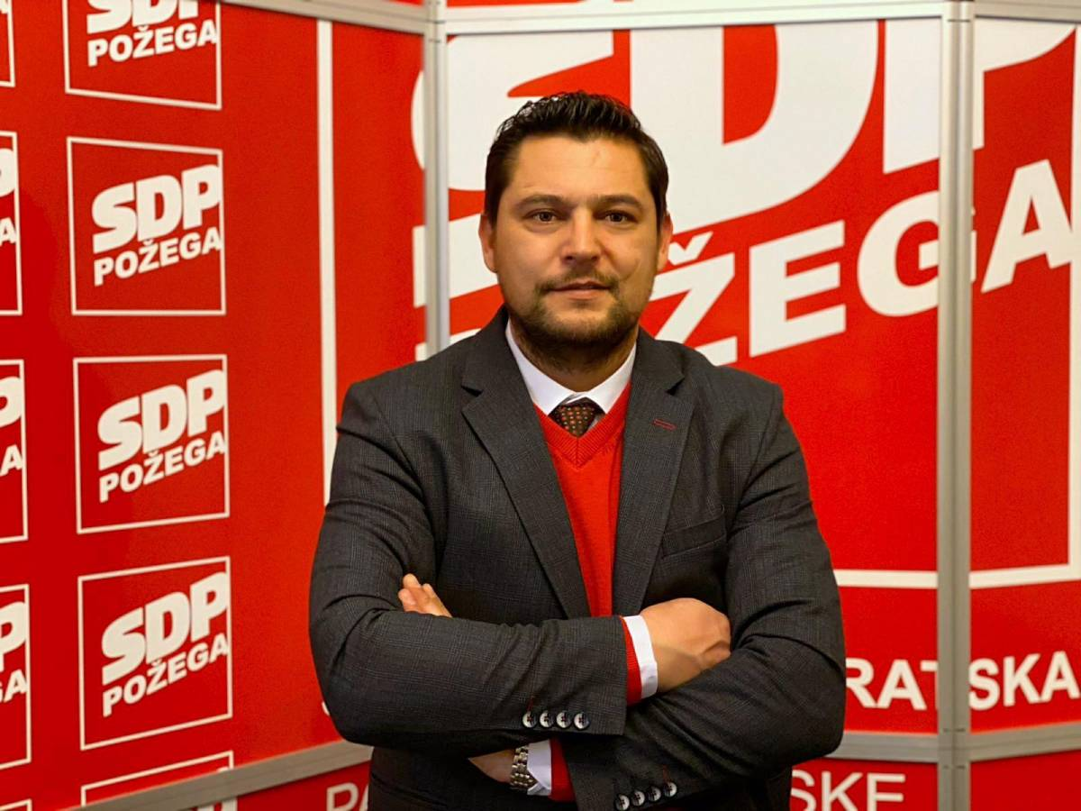 IZ PEPELA DO PANTOVČAKA: Predsjednik GO SDP-a Požega Ivan Vlahović se obraća biračima