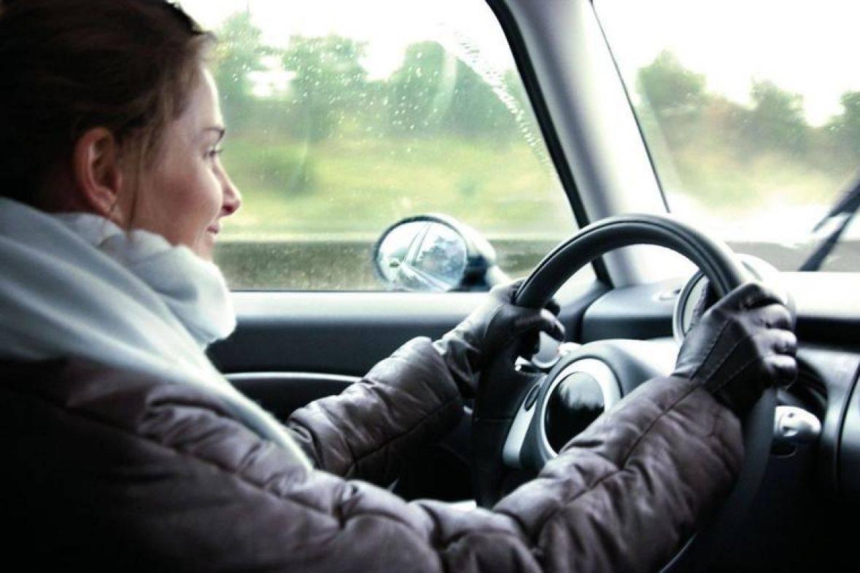 SAVJET: Ne vozite se u automobilima sa zimskim jaknama! To može biti opasno!