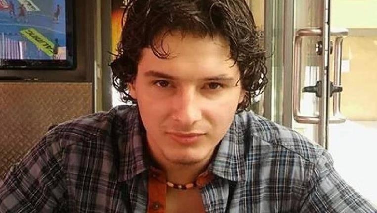 TEŠKI ZLOČIN U SPLITU: Mladi pomorac ubio tri muškarca iz osvete, a policiju dočekao u kafiću