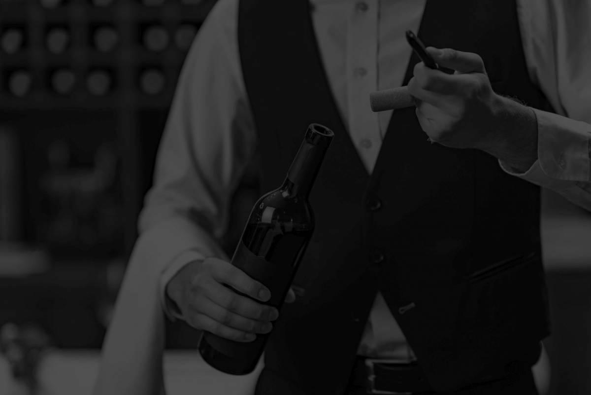 POU Obris u Požegi provodi osposobljavanje za konobara/icu te priprematelja/  icu pića i napitaka