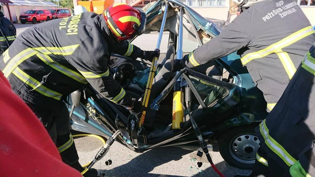 JVP Grada Požege nabavila novi hidraulični alat za spašavanje u prometu