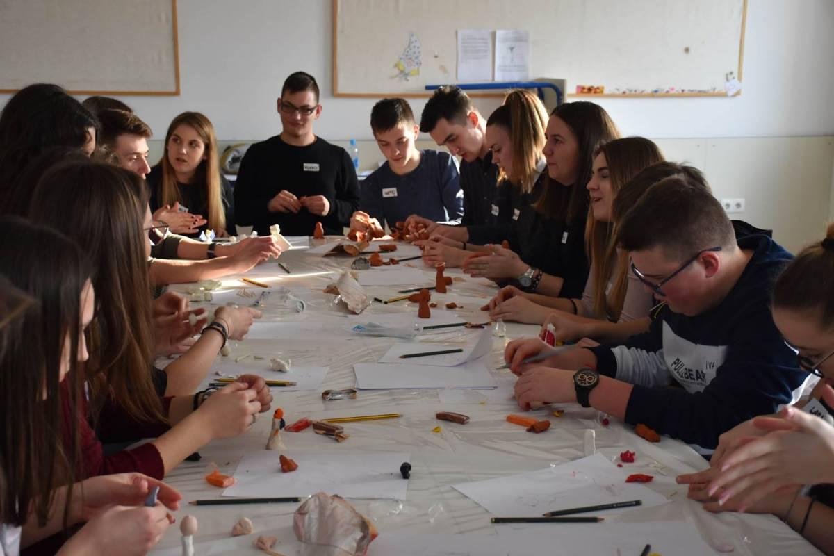 Započela temeljna edukacija nove skupine župnih animatora u Požeškoj biskupiji