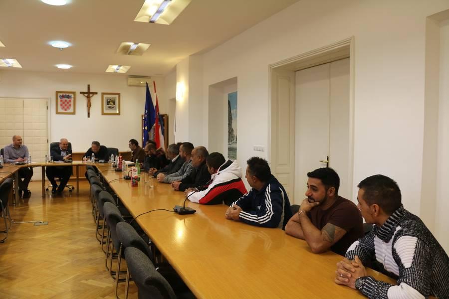 Održan radni sastanak na temu poboljšanja kvalitete života pripadnika romske nacionalne manjine
