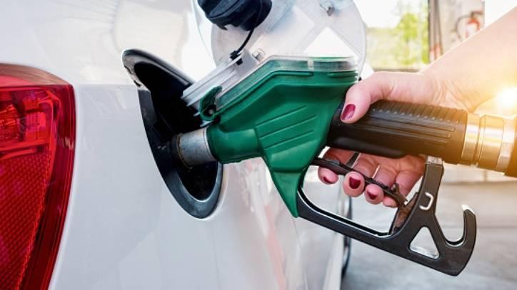 DOBRE VIJESTI ZA VOZAČE: Od ponoći pojeftinile sve vrste goriva...