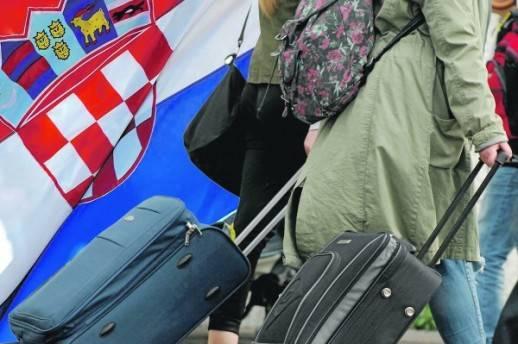 Pogledajte koji su najčešći razlozi iseljavanja naših čitatelja iz Hrvatske