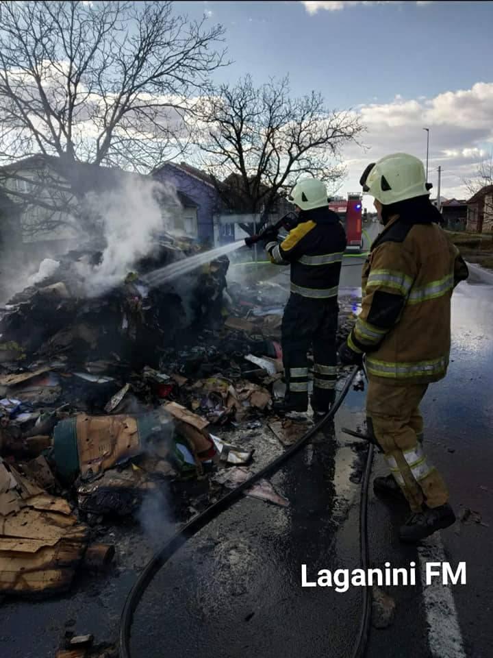 U poslijepodnevnim satima požar na kamionu koji je prevozio prešani papir