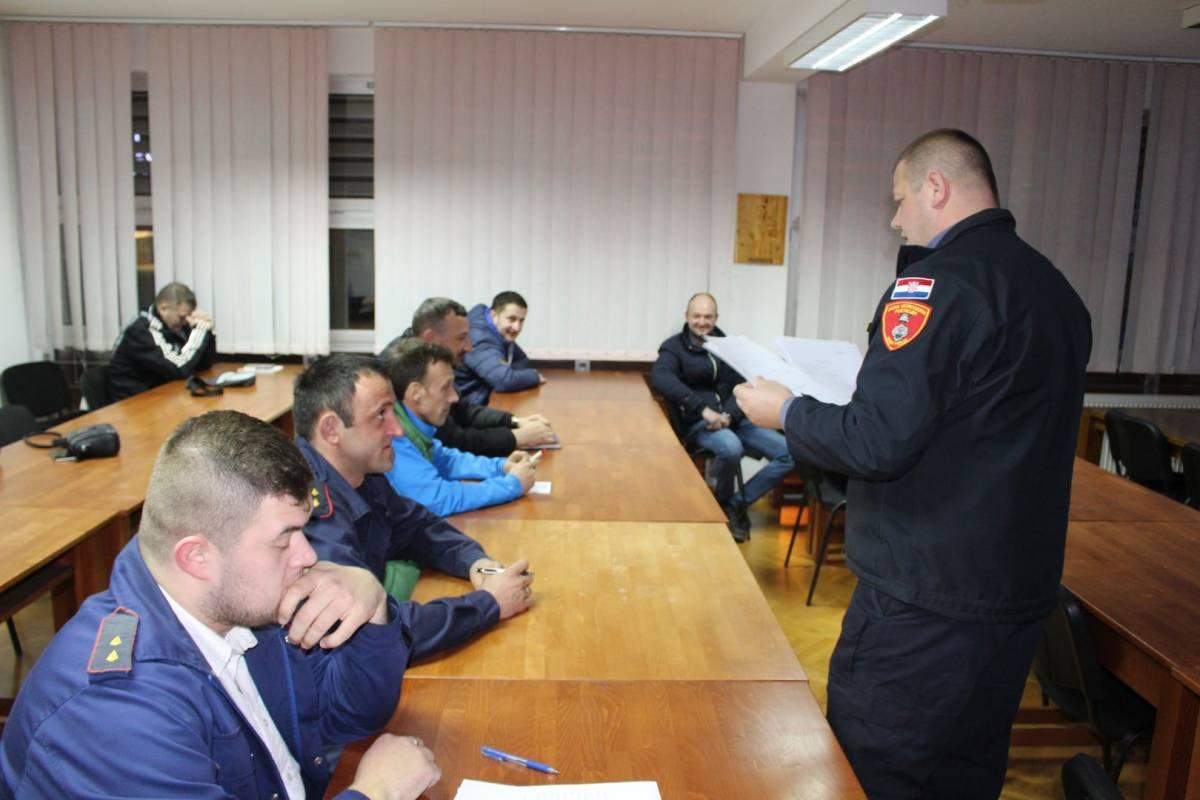 Održane obuke za zvanje Vatrogasac, Vatrogasni dočasnik i Vatrogasni dočasnika I klase