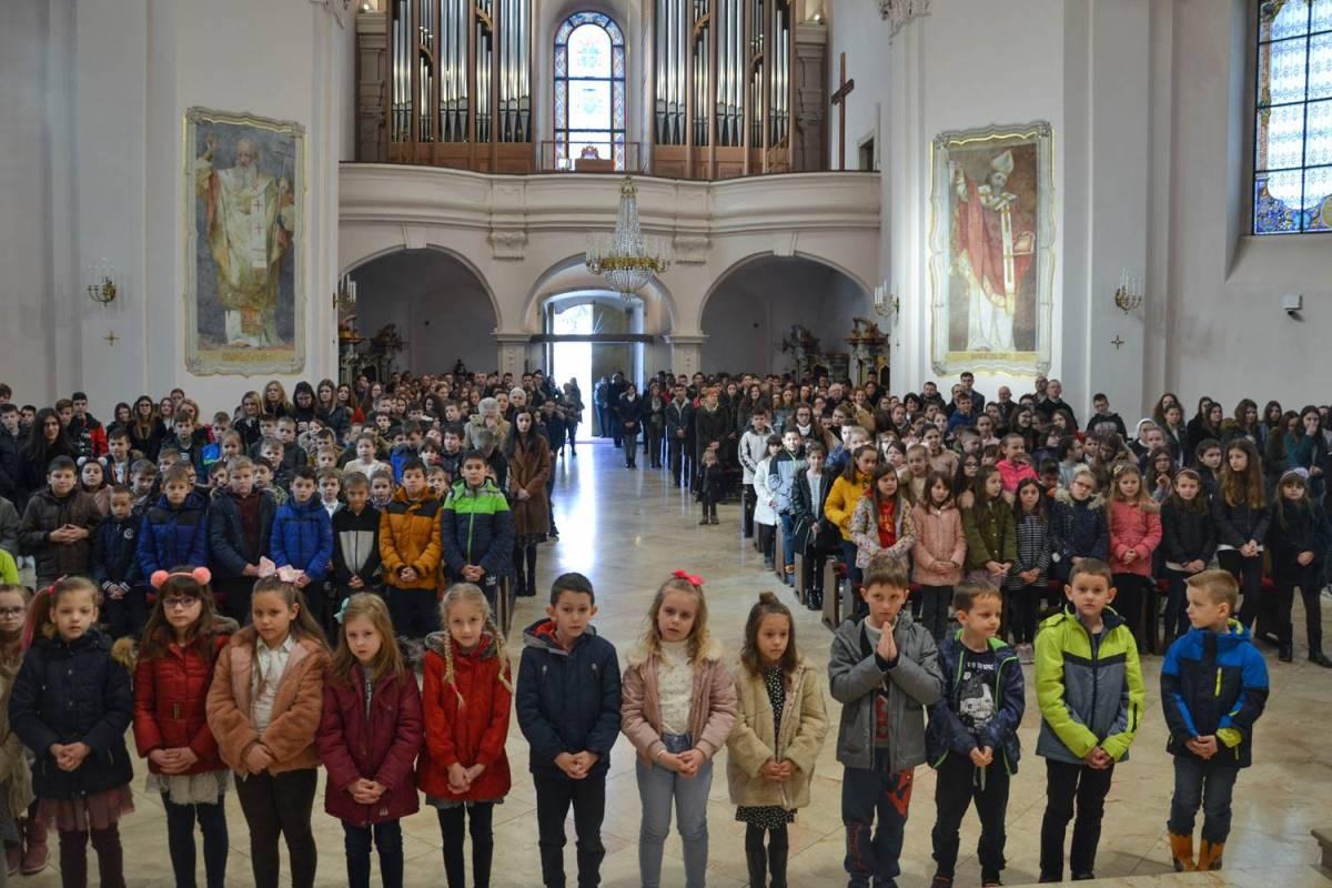 Pepelnica u požeškoj Katedrali