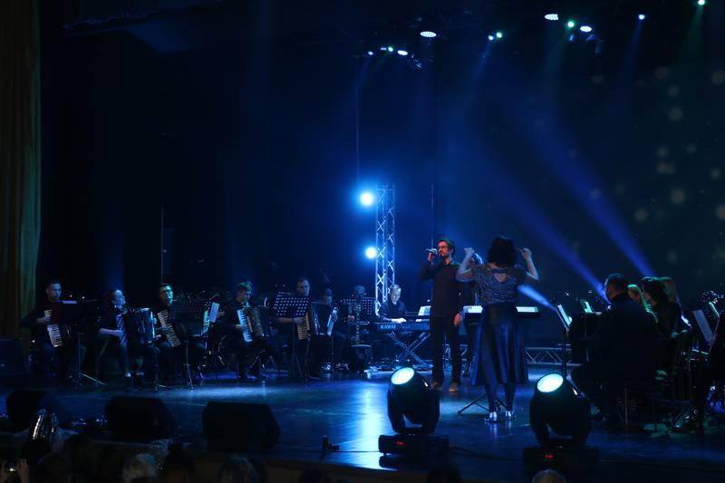 Hitovima grupe ʺQueenʺ otvoren 10. Međunarodni festival harmonike Bela pl. Panthy