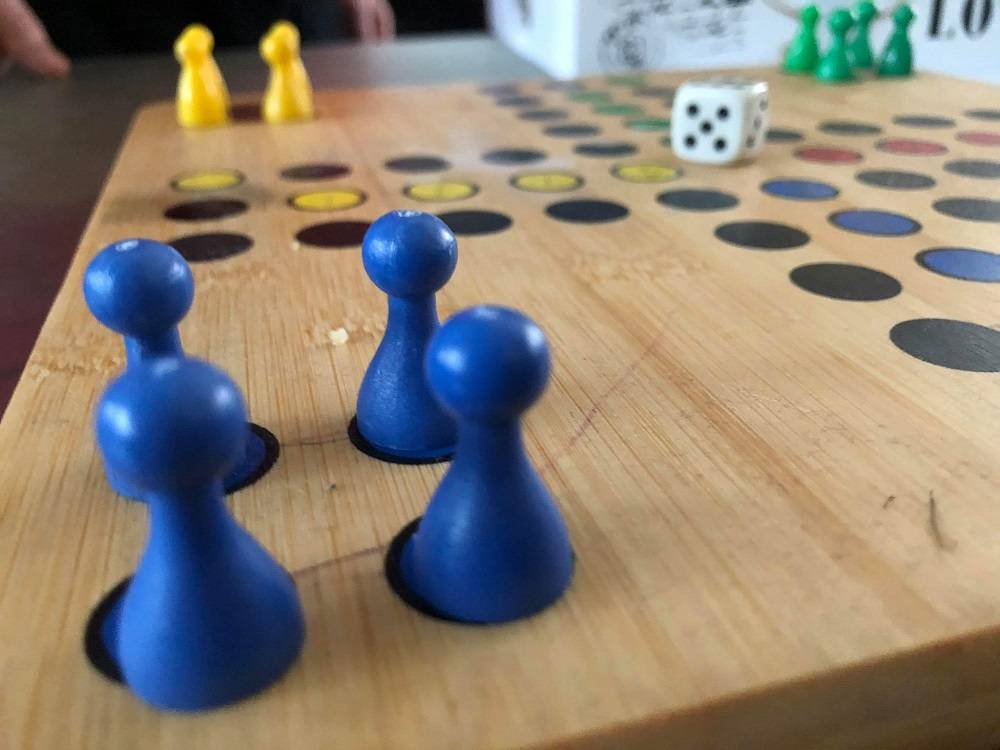 Društvenim igrama protiv dosade u samoizolaciji: Donosimo vam neke od zaboravljenih igara
