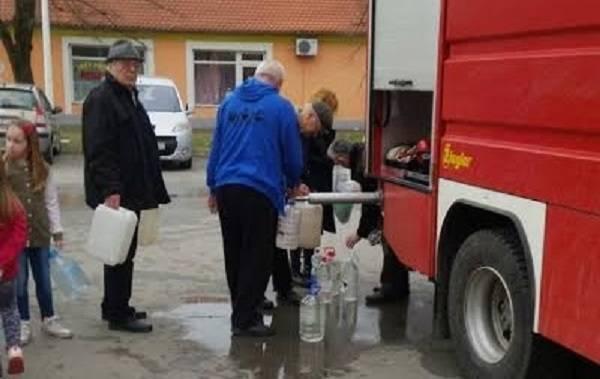 Tekija d.o.o osigurala spremnike s vodom za ljudsku potrošnju za naselja Sovski Dol i Paka