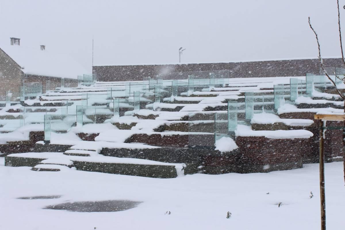 Danas pretežno oblačno sa snijegom
