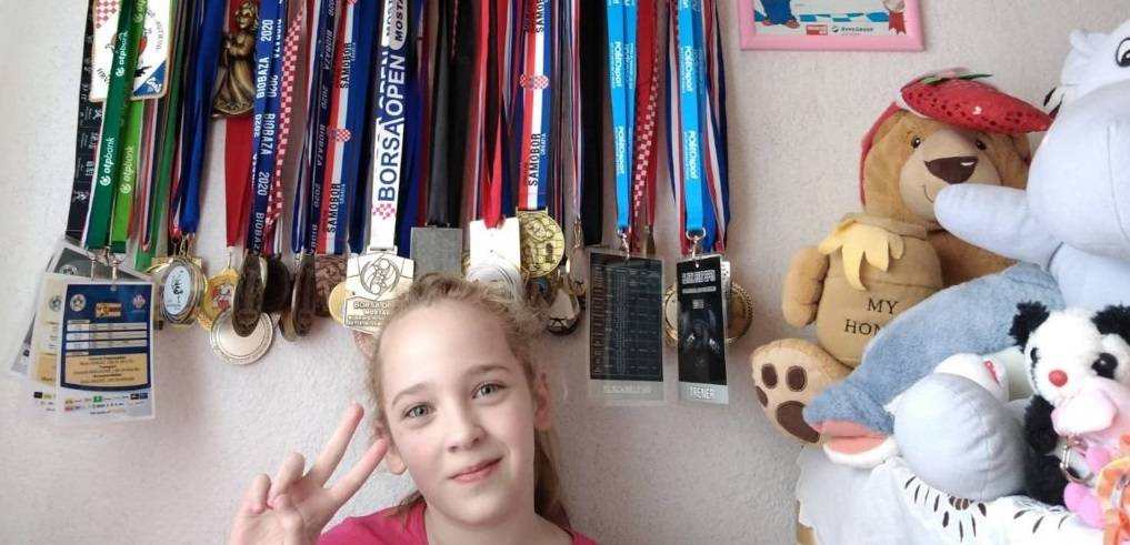 Kutjevačka mala sportska heroina poručuje #OSTANIDOMA