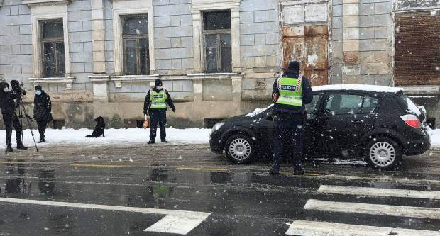 Vrijeđao policajca jer nema propusnicu