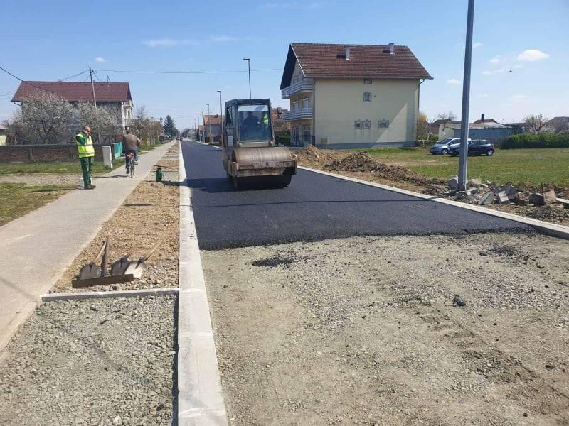 Napreduju radovi na uređenju komunalne infrastrukture