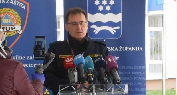 Stjepan Bošnjaković ʺZABRANIO JEʺ blagoslov jela u dvorištu crkve