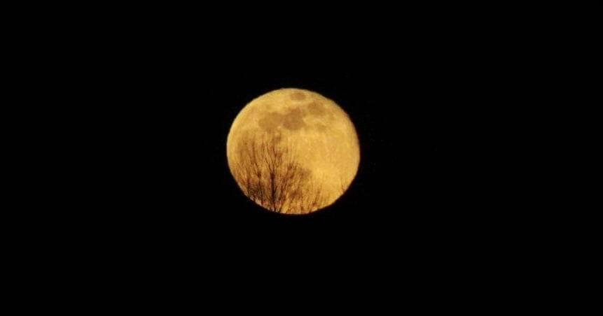 Izlazak Supermjeseca nad Požegu, 08.04.2020.g