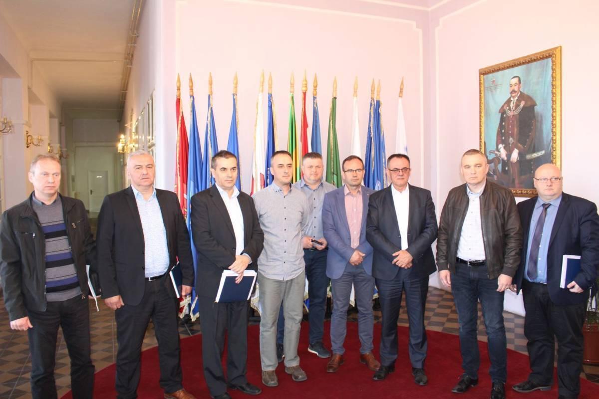 U Požeško-slavonskoj županiji se broj zaraženih povećao na ukupno osam, Stožer CZ vrlo škrt s informacijama