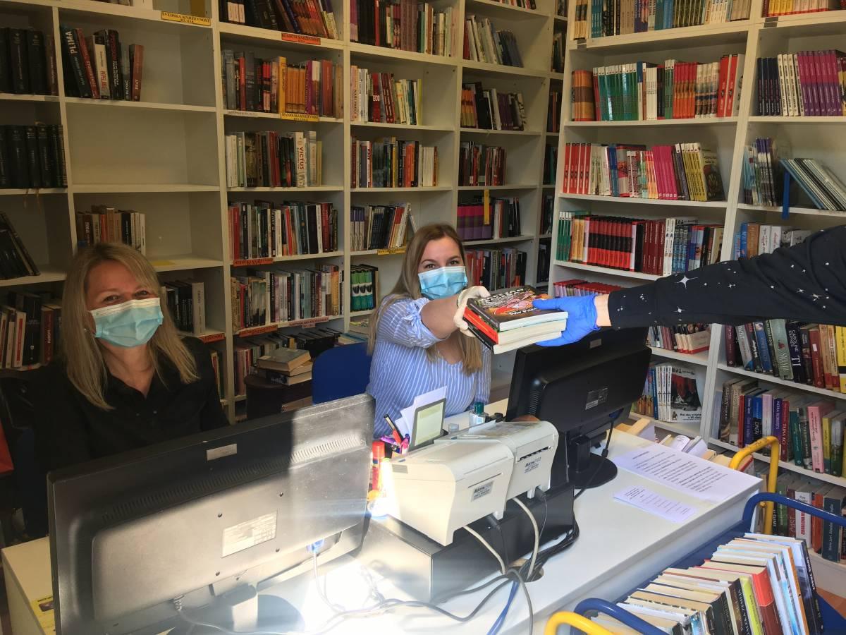 Od danas je Gradska knjižnica Požega ponovno otvorena