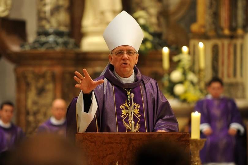 Od sutra su omogućena okupljanja vjernika na svetim slavljima