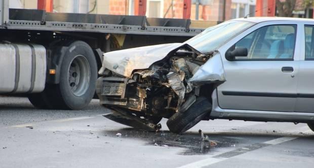 20-godišnji vozač skrivio prometnu nesreću u Pleternici