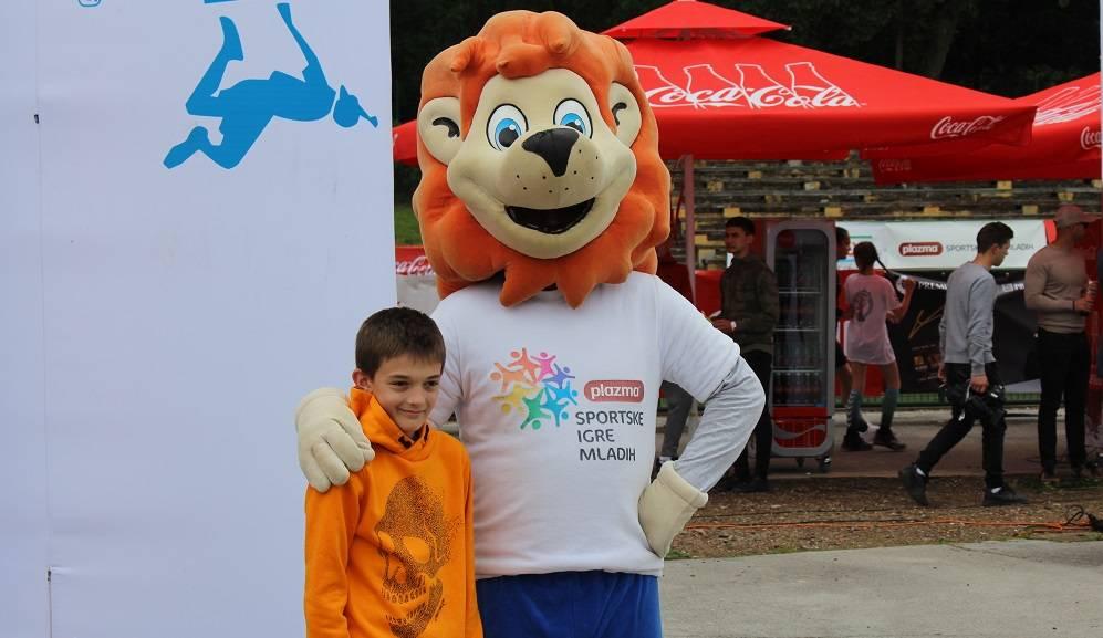 Stotine djece danas je uživalo u Slavonskom Brodu na Sportskim igrama mladih