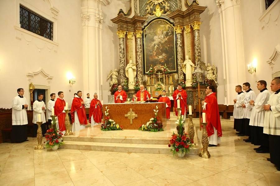 Svetkovina Duhova u požeškoj Katedrali