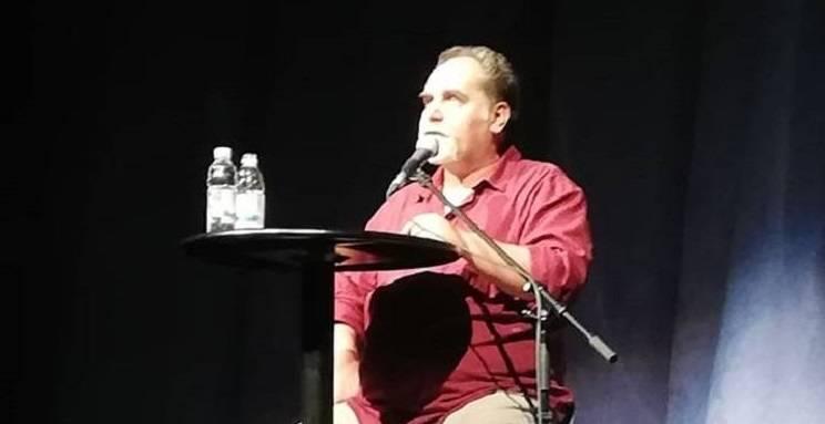 HRVATSKA DANAS: Kad komičari žele u Sabor dovesti ozbiljnost, a političari u narod komediju