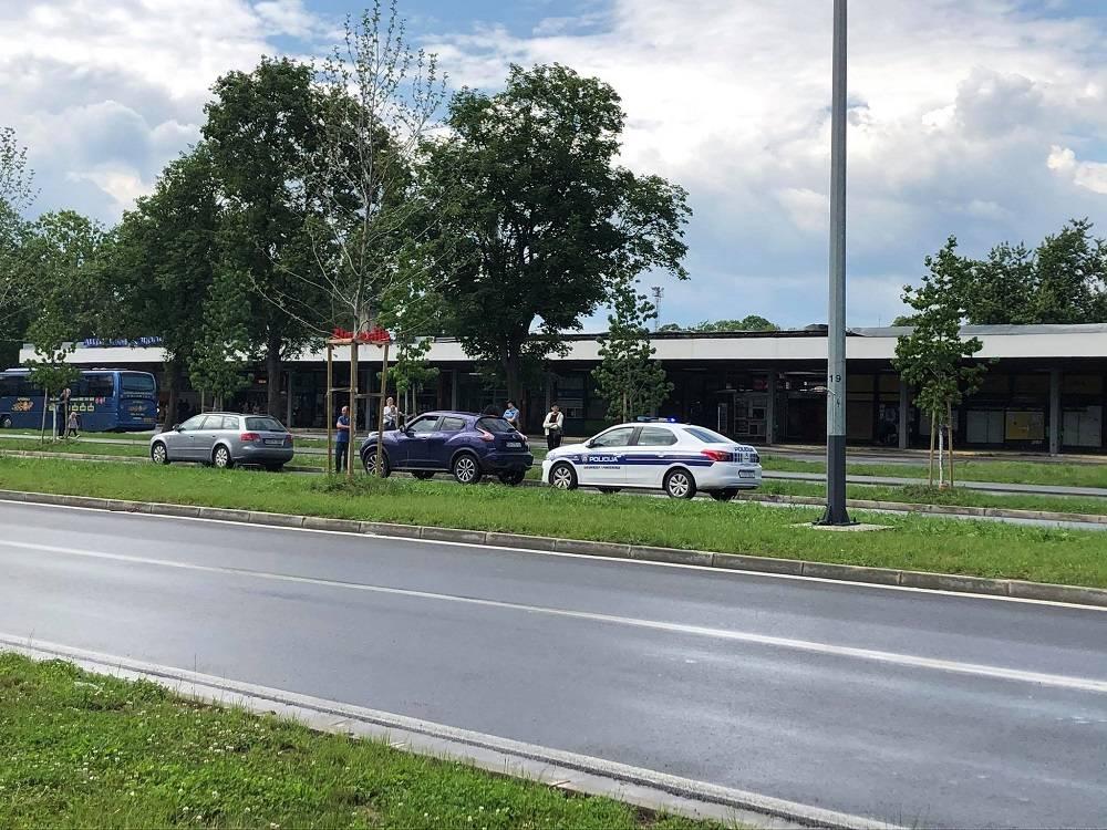 Lakša prometna nesreća na Aveniji, nema ozlijeđenih
