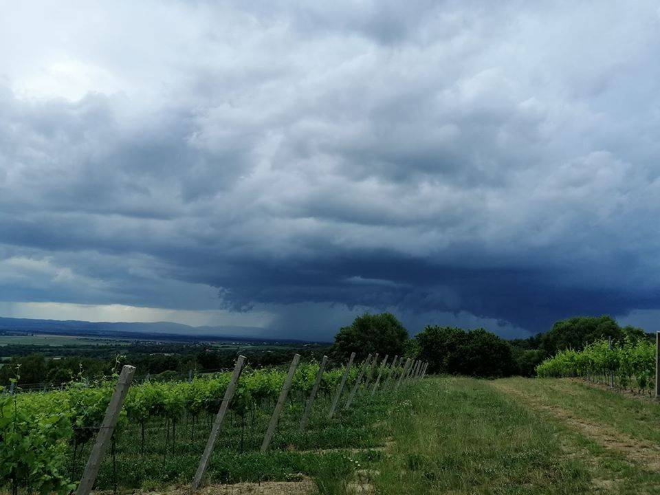 Navečer nam stiže drastična promjena vremena, meteoalarm izdan za cijelu Hrvatsku