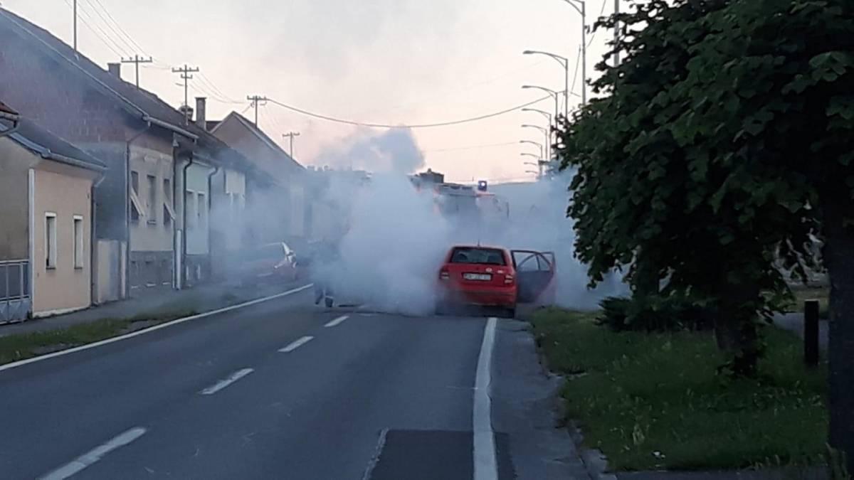 Zapalio se automobil u Pakracu