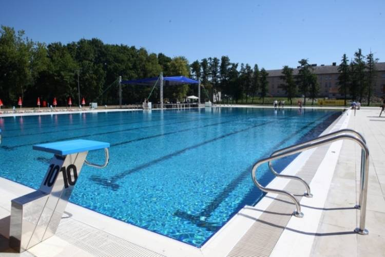 Škola plivanja odgođena do daljnjega