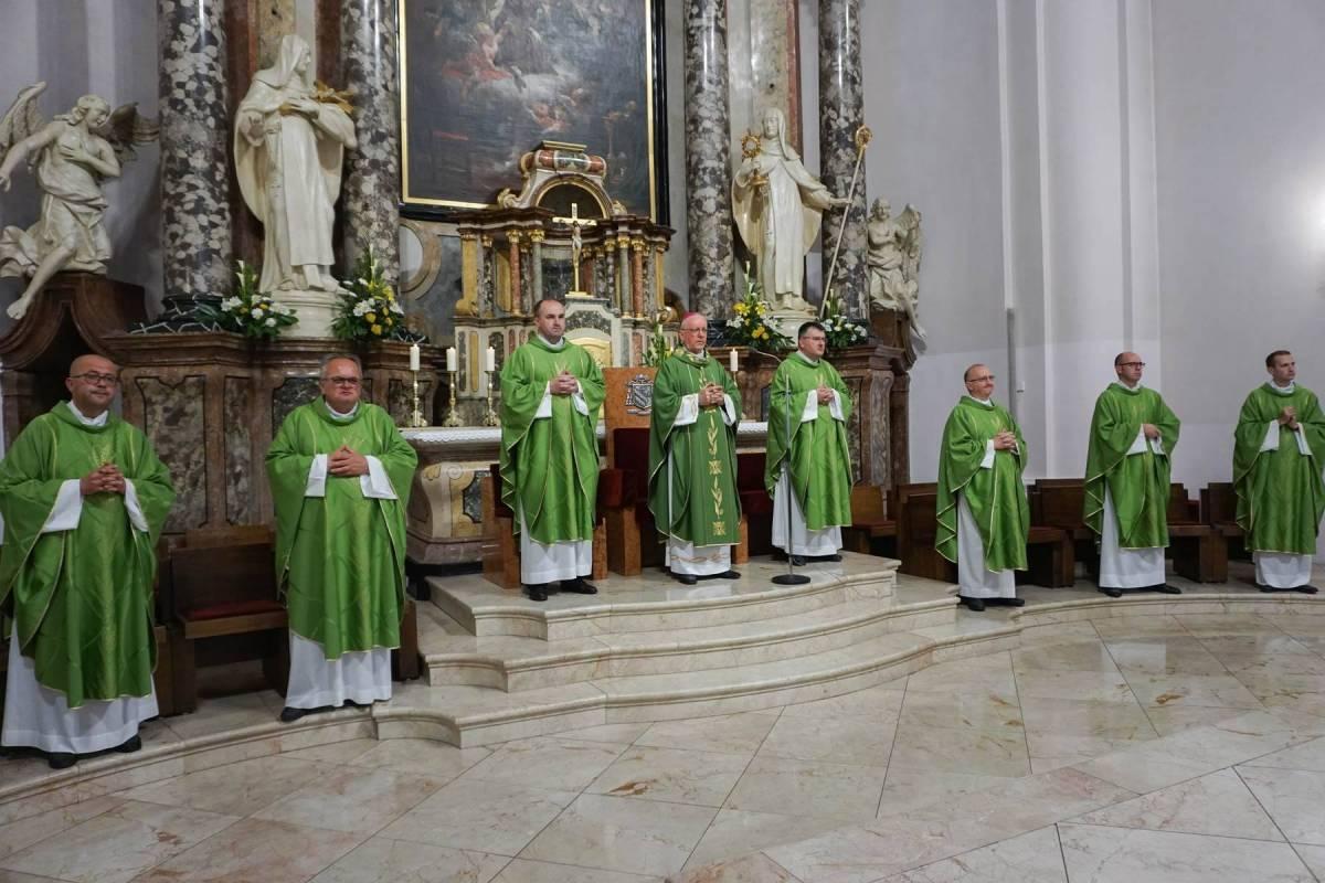 23. obljetnica utemeljenja Požeške biskupije i imenovanja prvog biskupa