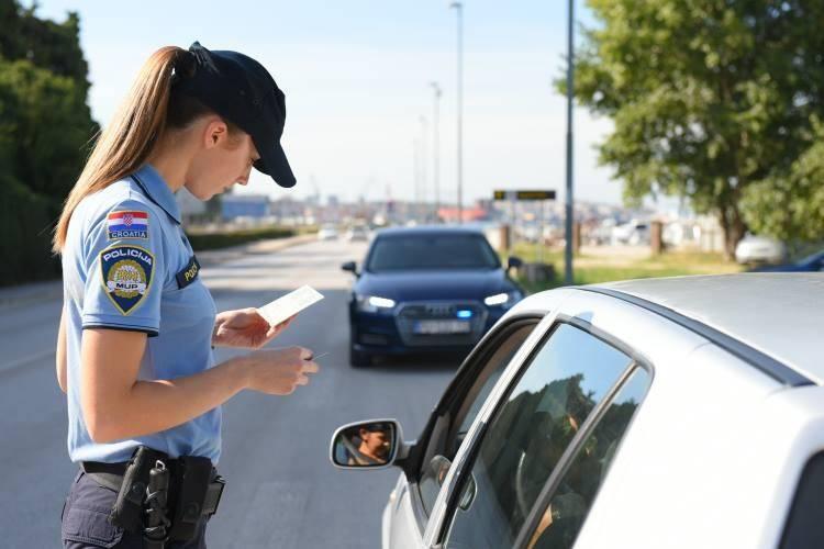 Policija provodi pojačane aktivnosti nadzora prometa u dane vikenda