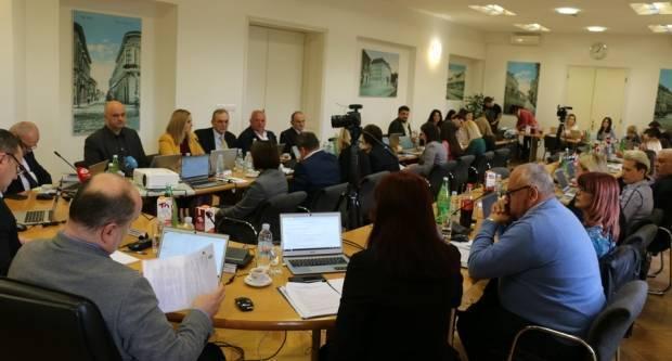 Danas se održava izvanredna sjednica Gradskog vijeća Grada Slavonskog Broda