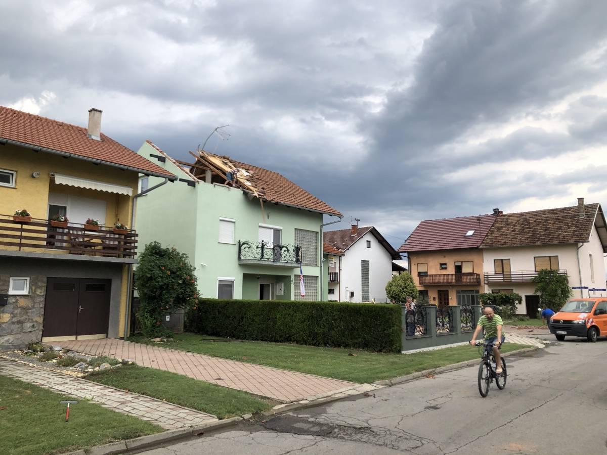 Na osobu iz Slavonskog Broda pao je krov s kuće