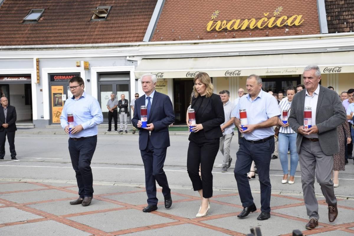 Na Trgu 123. brigade položeni vijenci povodom Dana pobjede i domovinske zahvalnosti te Dana hrvatskih branitelja