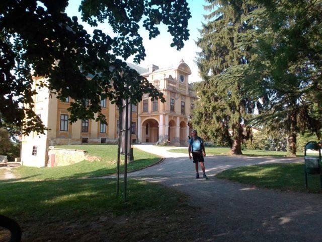 Ivan Šedevi krenuo na pješački maraton Slavonijom i Baranjom