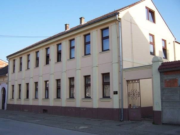 SLAVLJE U VINKOVCIMA: Gradska knjižnica i čitaonica Vinkovci slavi 145. rođendan!