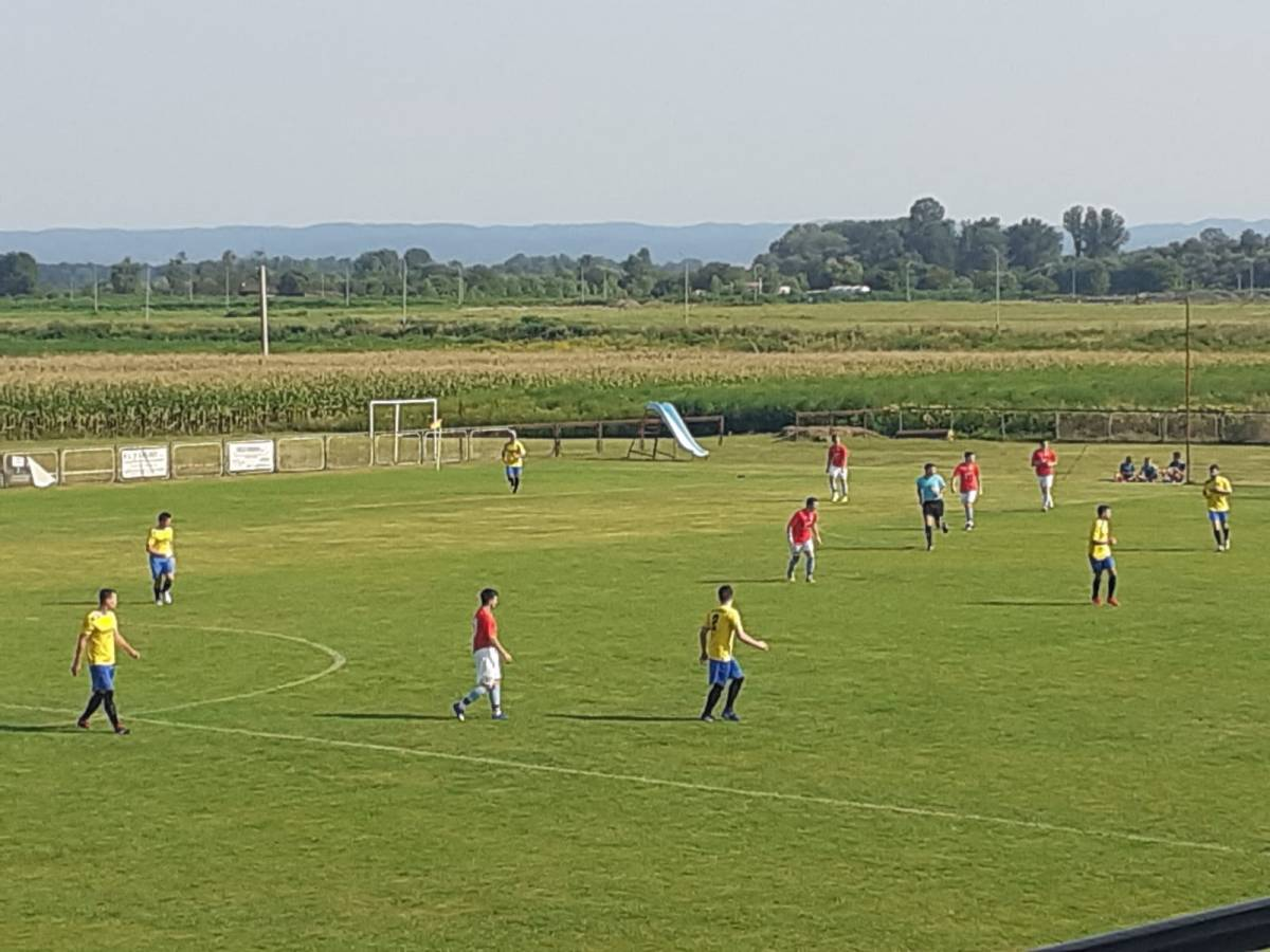 NK Omladinac organizirao 7. memorijalni turnir ʺJURIĆ-MIOČ-GANJOʺ