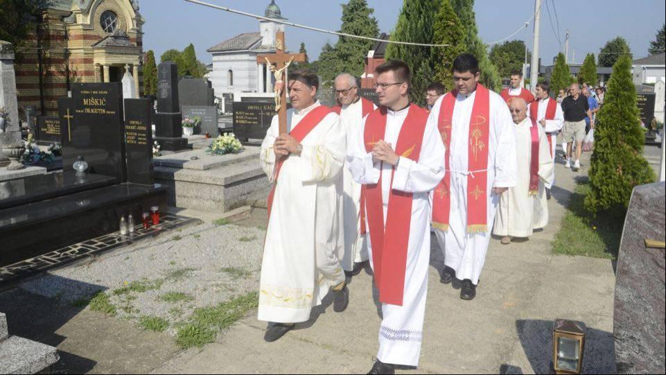 Blagdan sv. Lovre proslavljen na Gradskom groblju u Slavonskom Brodu