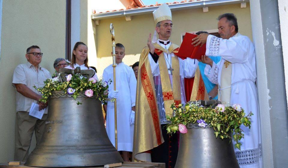 Posveta zvona u Bartolovcima