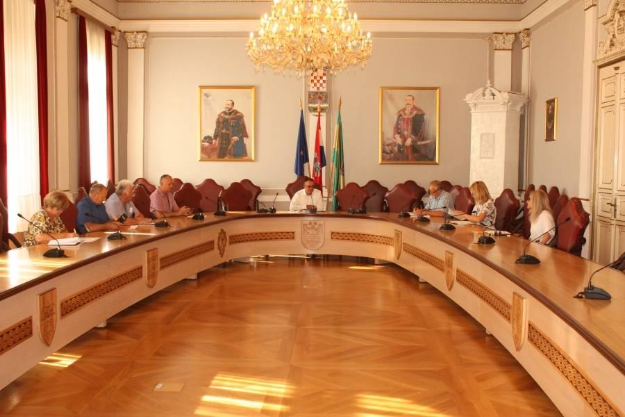 S predstavnicima Hrvatske pošte potpisan projekt o subvencioniranju plaćanja naknada za plaćanje za račune