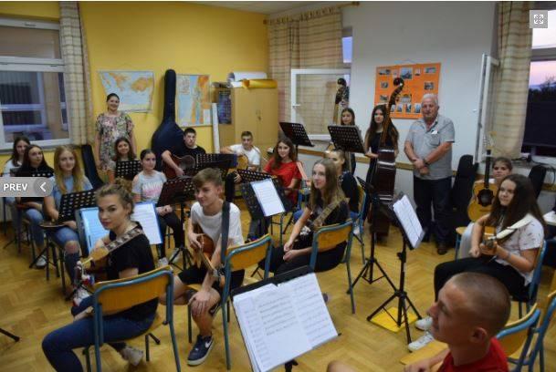 Općina Kaptol kupila nove instrumente za Tamburaški orkestar Kaptol