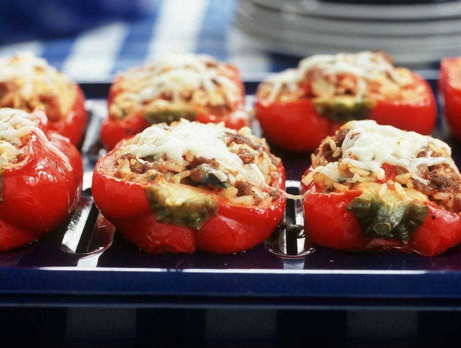 Najlakše punjene paprike za osobe koje su se ʺpozdravileʺ s mljevenim mesom